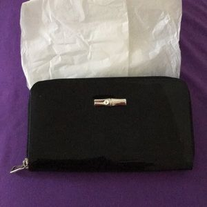 Longchamp new long wallet patent leather